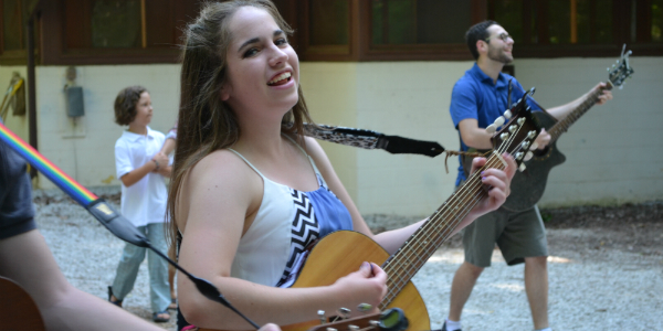 Paving the Way for Women in Jewish Songleading